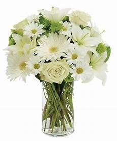costo mazzo di fiori bouquet di fiori tutti bianchi con e margherite