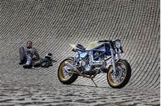 Reportage Ducati Tout Seul Dans Coin