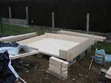 comment installer un abri de jardin en bois abri de jardin a monter cabanes abri jardin