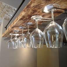 appendi bicchieri portabicchieri artigianale per bancone bar la mensola