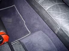 teppich selbst verlegen alter teppich ist raus aber wie kommt der neue rein