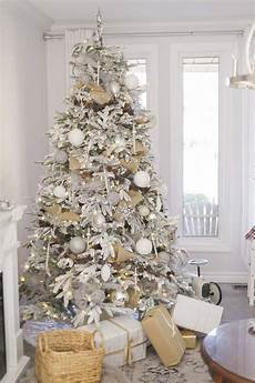 White Decorations For Tree by Beautiful Ideas To Deck Up Your Frosted Tree