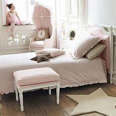 Id 233 Es De D 233 Co Chambre Fille Dans Le Style Romantique Tr 232 S
