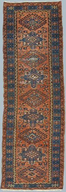 ricerca sui persiani karadjeh passatoia vecchia quasi antica morandi tappeti