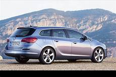 Opel Sports Tourer - auto cars 2011 2012 new opel astra sports tourer unveiled