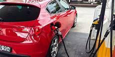 essence ou diesel 2016 articles m 233 tiers a glass est ce plus co 251 teux d