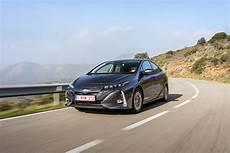 Toyota Prius In Hybrid Dynamic European Images 2017