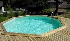 piscine bois octogonale semi enterrée piscine bois octogonale ou semi octogonale vercors piscine
