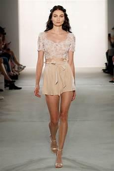 Ewa Herzog Treibt Sommermode 2018 Auf Die Spitze Fashion