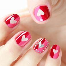 40 cute valentines day nails designs for ladies 2020