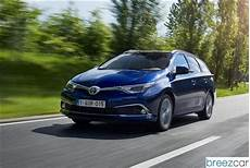 toyota auris hybrid touring sports prix consommations