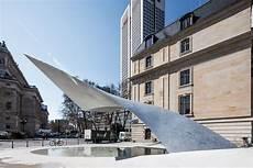 Die Welle Sculpture By Schneider Schumacher In Frankfurt