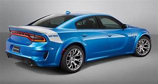 Display A Three Quarter Rear View Of The 2020 Dodge