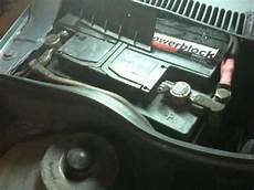 start stop batterie wechseln wechseln einer start stop batterie konrad tv doovi