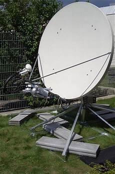 Satellitenschüssel Ausrichten Lassen - sat sch 252 ssel montieren alle regeln tipps elektriker org
