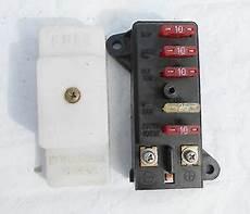 fuse box on suzuki 93 94 95 suzuki gsx 600 f katana fuse junction box housing fuses cover oem ebay