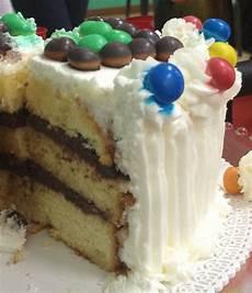 torta pan di spagna crema pasticcera e panna terra e farina torta pan di spagna e crema al cioccolato per la festa della mamma