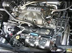3 8 Liter Ohv 12 Valve V6 Engine For The 2010 Chrysler