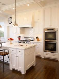 sherwin williams paint color dover white dover white sherwin williams 2017 grasscloth wallpaper