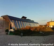 haus aus müll ein haus aus m 252 ll deutschlands erstes earthship am