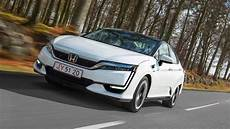 Honda Clarity Fuel Cell 2017 Review By Car Magazine