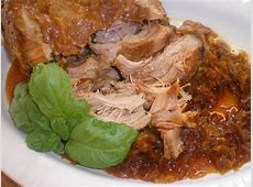 crock pot pork and sauerkraut_image