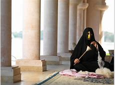 UAE People Customs and Traditions   Safetravels196