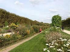 éclairage de jardin jardin des plantes oldest botanical garden in