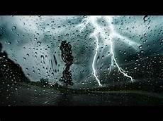 bruit de pluie et vent bruit de la pluie et tonnerre musique relaxante pour se d 233 tendre et dormir