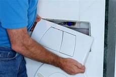 alte geberit betätigungsplatte austauschen wand wc austauschen anleitung und materialliste