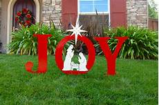 Wood Decorations Outdoor by 40 Festive Diy Outdoor Decorations