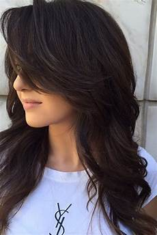 Different Ways To Style Layered Hair