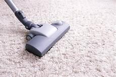 nettoyer tapis nettoyer les taches sur votre tapis apr 232 s une r 233 ception f 234 tes et r 233 ceptions