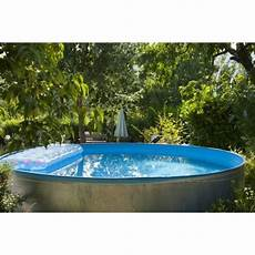 piscines coques hors sol choisir une piscine coque semi enterr 233 e