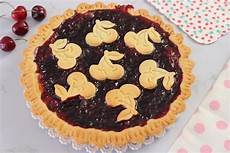 ricetta crostata di marmellata di benedetta rossi tutte le ricette crostata alla marmellata di ciliegie fatto in casa da benedetta rossi ricetta nel 2020