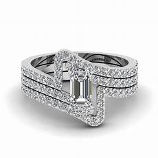 crossover emerald cut diamond trio wedding ring in 950 platinum fascinating diamonds