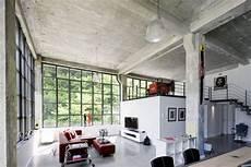 Loft Apartment 160 M2 Factory Style In A Bauhaus Monument