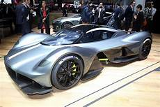 new aston martin valkyrie scares off all other hypercars in geneva carscoops com