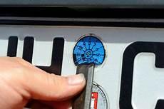 auto abmelden unterlagen auto abmelden so geht die au 223 erbetriebsetzung autobild de