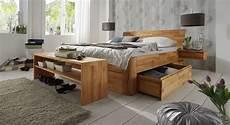 massivholzbett mit stauraum massivholz doppelbett mit bettkasten zarbo betten de