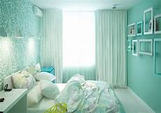 Bedroom Ideas Mint Green Walls by Mint Green Bedrooms Colors That Go With Walls Living