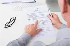 offerte di lavoro in per laureati in giurisprudenza come e dove trovare offerte di lavoro con la laurea in