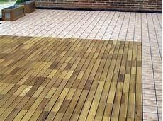 pavimenti per terrazzi esterni galleggianti pavimenti galleggianti per terrazzi pavimento per esterni