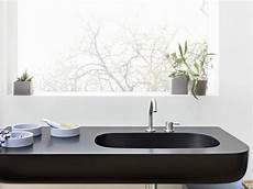 pulizia corian arredamento in corian per il bagno showroom arredobagno