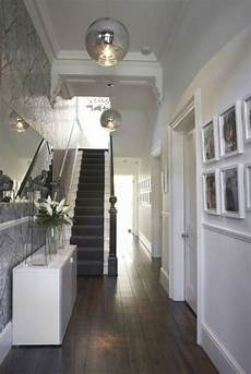 32 white wall and picture frames in hallway decorating ideas matchness com