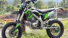Modifikasi Klx 150 Bf Se by Modifikasi Kawasaki Klx Bergaya Supermoto Part 1