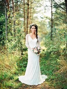 Brautkleid Boho Chic - boho chic brautkleid harmonisch bezaubernd in der natur