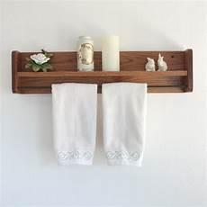 Badezimmer Regal Holz - wood towel rack with shelf towel bar solid oak wooden