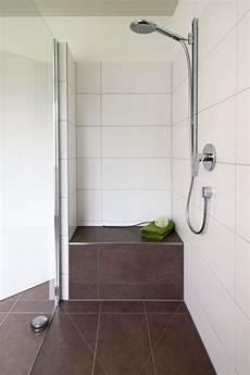 Begehbare Dusche Graue Fliesen In Betonoptik Geflieste