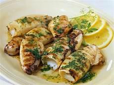 calamari vom grill mit petersilie rezept in 2019 - Tintenfisch Zubereiten Pfanne